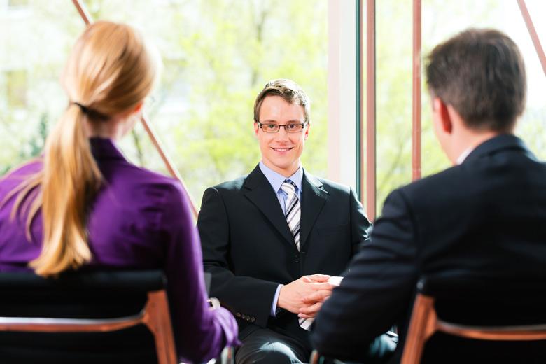 Formation spécifique aux ressources humaines: entrevues et négociations (embauche, évaluation de personnel, discipline)